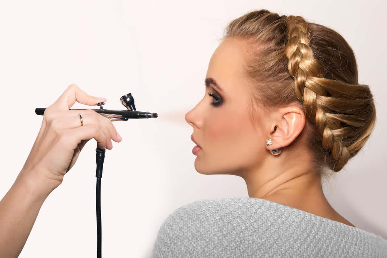 8 Flawless Airbrush Makeup Systems Reviews – Achieve Your Perfect Look in 2021