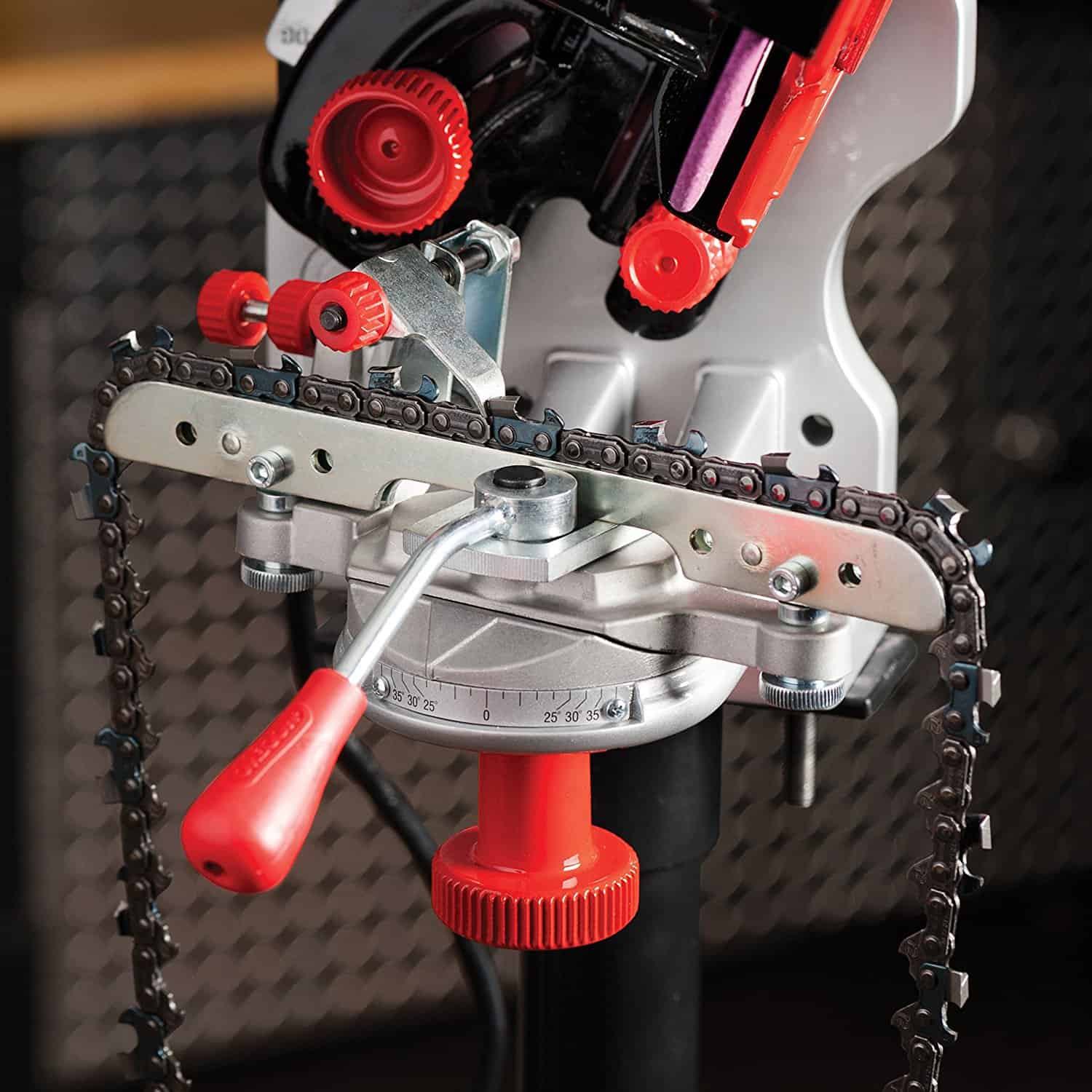 9 Outstanding Chainsaw Sharpener Reviews for Fast and Effective Cuts In 2018