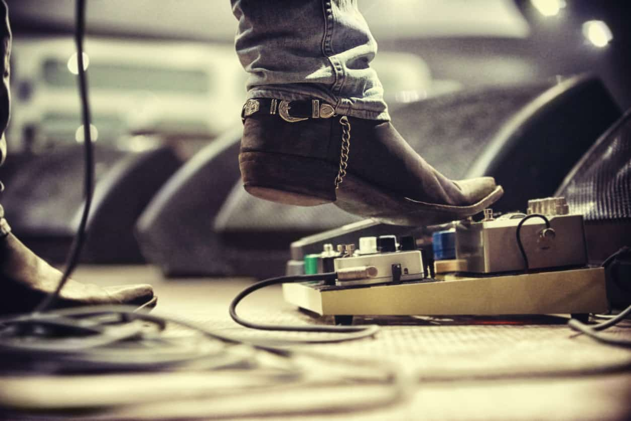 8 Best Volume Pedals – Take it Up a Notch in 2020