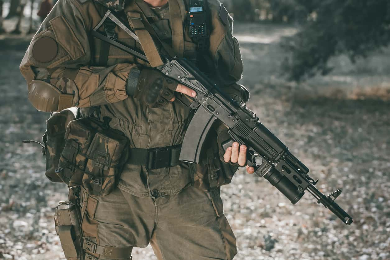 12 Exceptional Plate Carriers To Keep You Safe In 2021