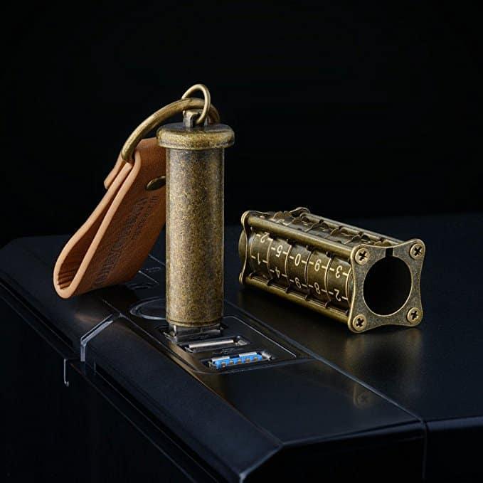 Vintage Gold Cryptex USB Flash Drive 16 GB