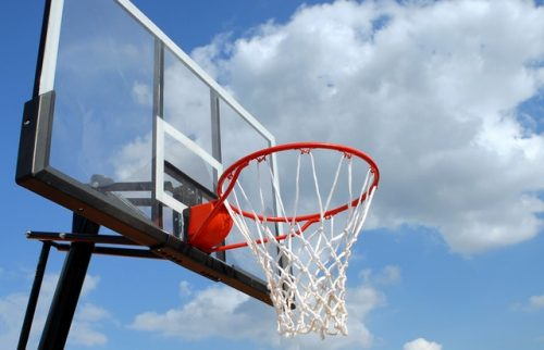pexels photo 264258 500x322 - 10 Pro Portable Basketball Hoops To Keep You Dunking In 2018