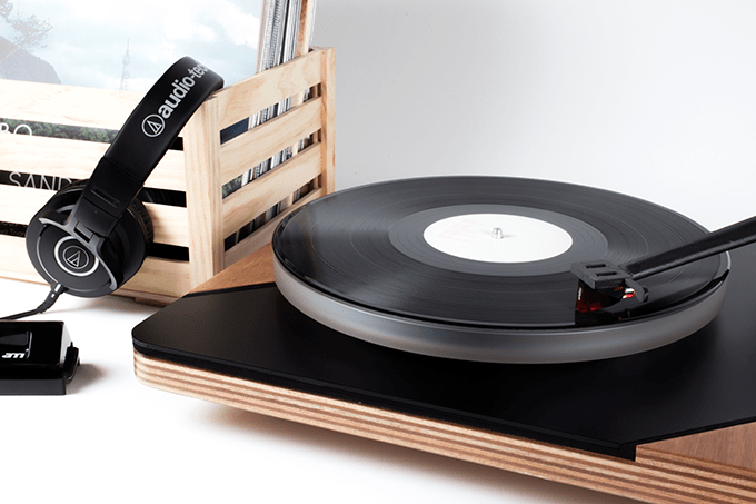 High Performing Turntable