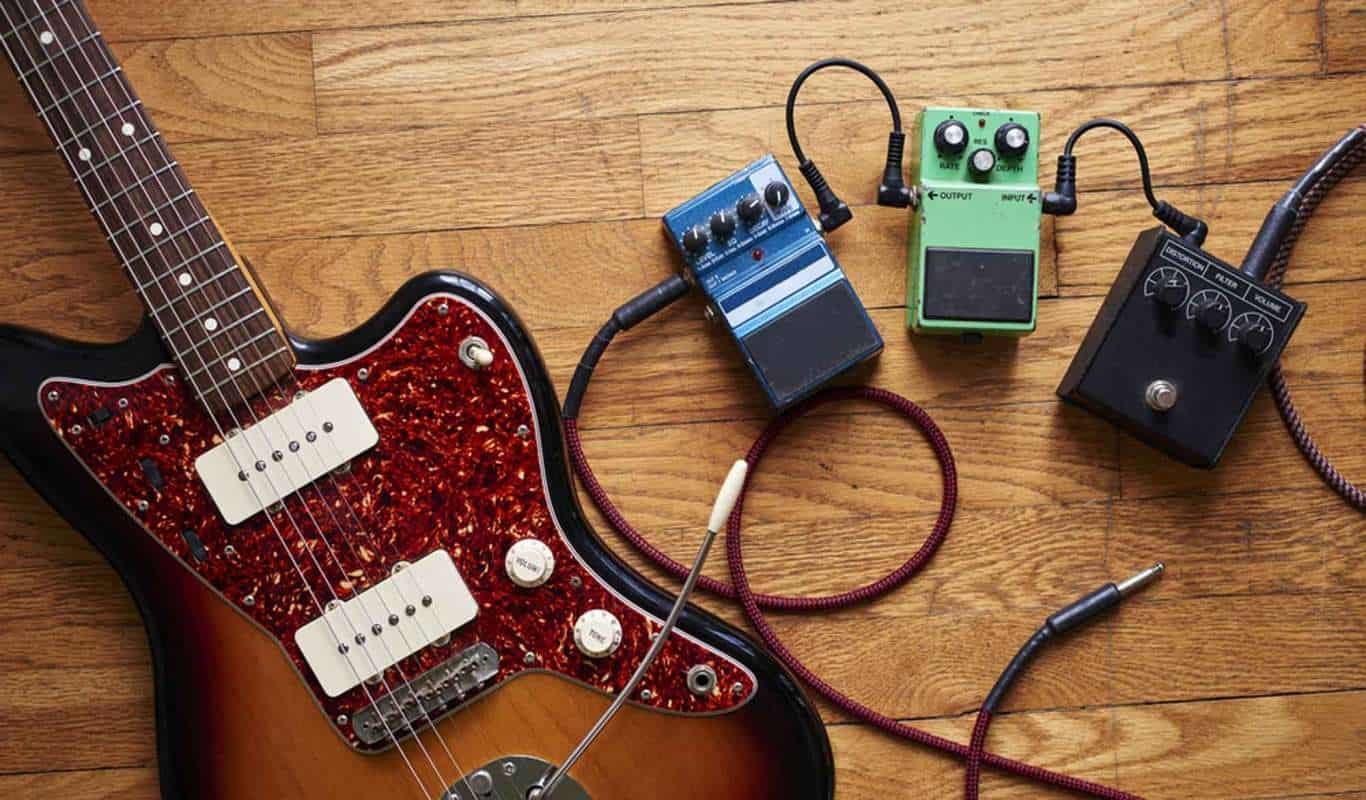 10 Killer Delay Pedal Reviews – Add Some Depth to Your Tone in 2018