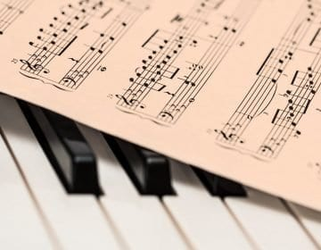 10 Classic Digital Piano Reviews – Bring Music to Your Home in 2021