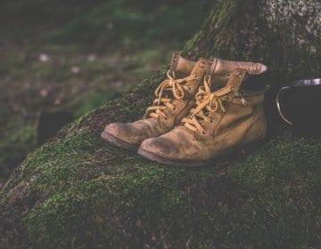 10 Tested Waterproof Work Boots Reviews – Keep Dry in 2021