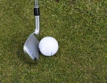 9 Best Golf Clubs For Beginners Reviews – Tee off like a Pro in 2021