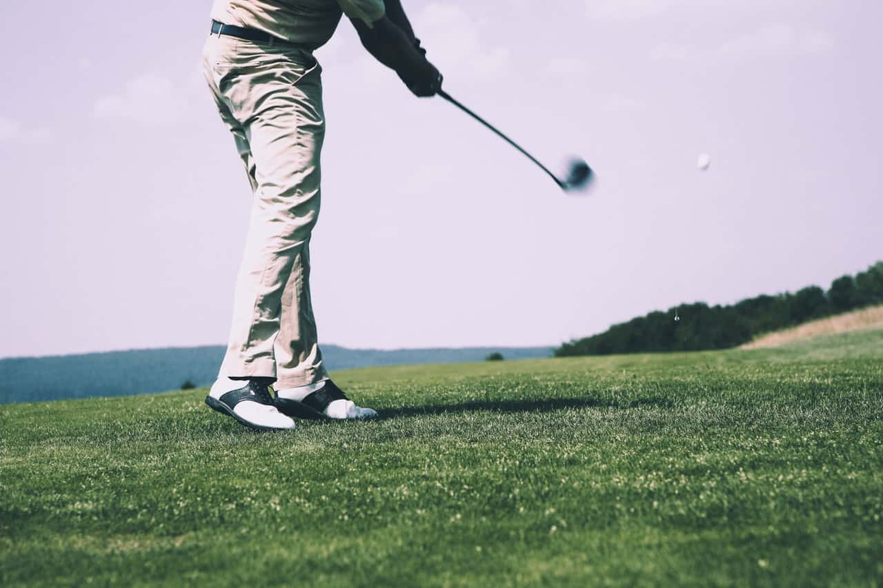 9 Ultimate Golf Pants Reviews – Become a Pro in 2020